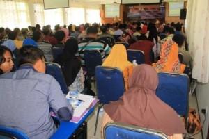 Antusiasme-Peserta-dalam-Seminar-Pendidikan-Anti-Korupsi